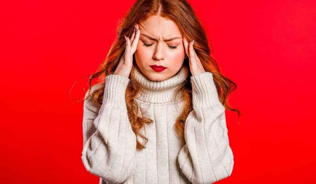 Mal di testa da cervicali: 3 consigli per farlo passare velocemente